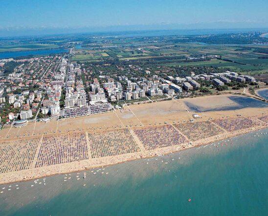 Veduta aerea della spiaggia di Bibione